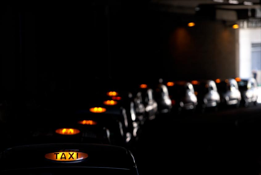 Queue of black cabs iStock_000021235296_Small