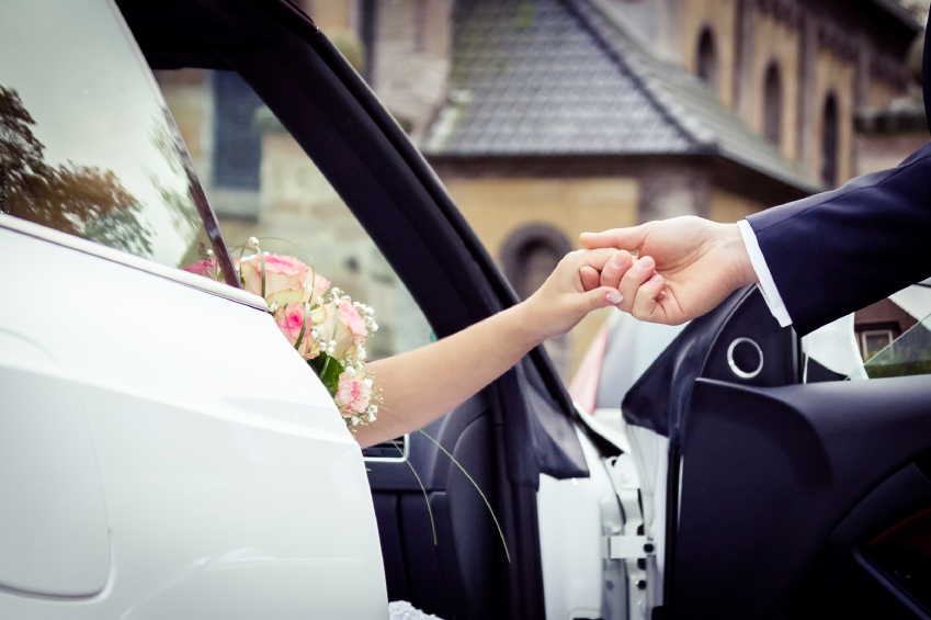 wedding car iStock_000056337694_Small